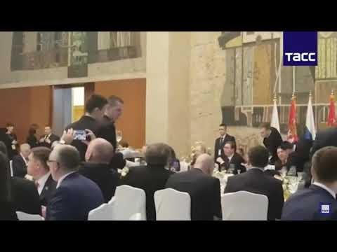 Dačić zapevao Putinu u sred Beograda! -Kaljinka