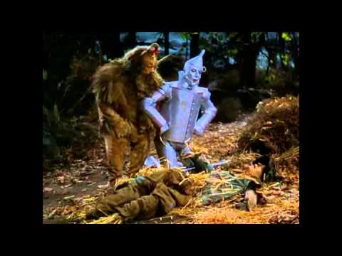 The Wizard of Oz - Attack of the flying monkeys - sync w/Pink Floyd's 'Us And Them'