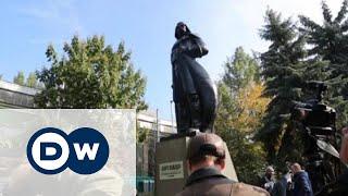 Как в Одессе из Ленина сделали Дарта Вейдера(В Одессе статую вождя пролетариата переделали в памятник Дарту Вейдеру. Какое отношение это имеет к выбора..., 2015-10-24T13:00:47.000Z)