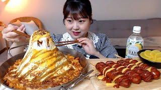 모짜렐라치즈 듬뿍 까르보불닭볶음밥 통통한 소세지 먹방 …