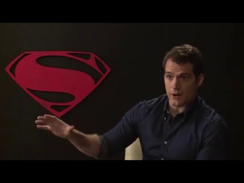 Henry Cavill says his Clark Kent is true to the comics  