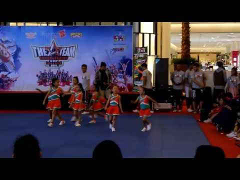 Bubblegum kids cheerleader - the A team cup