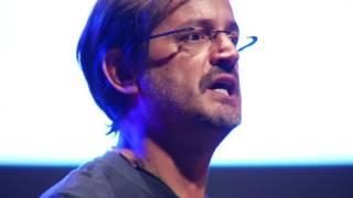 Mutlu olmak için ben ne yaptım? / What have I done to deserve happiness? | Tunç Kılınç | TEDxNilüfer