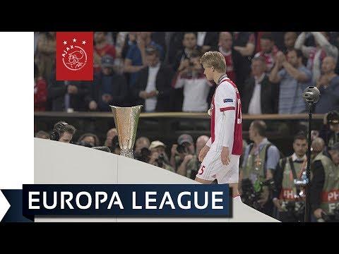 Ajax moet het doen met zilveren medailles