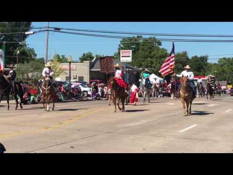 Desfile Fiestas Patrias Mexicanas 2016 en Bryan, Texas