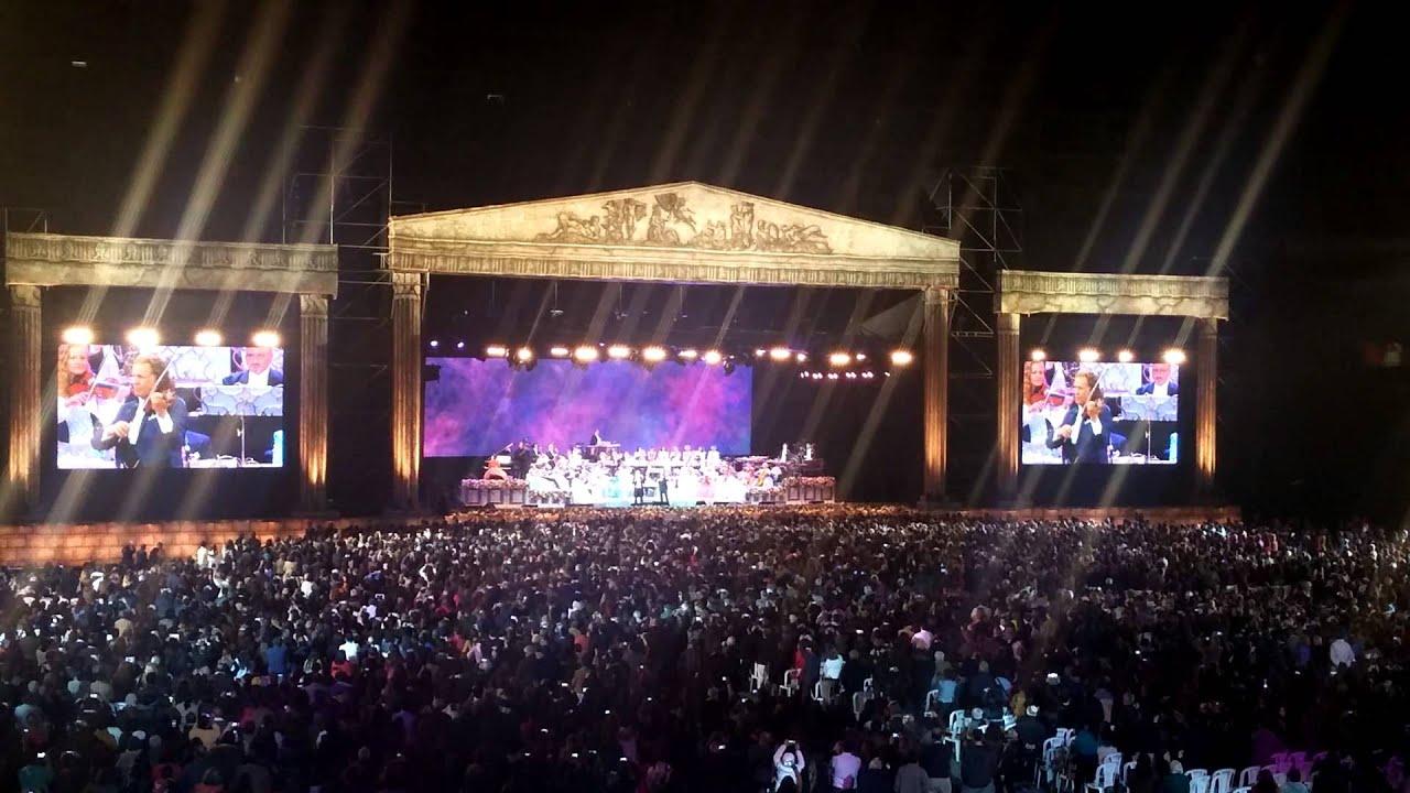 El condor pasa andre rieu en el estadio nacional de lima for Puerta 9 del estadio nacional de lima