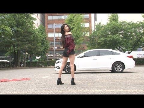 [SSTV] [영상] 러블리즈 이미주, 핫팬츠 입고 '명품 뒤태' 뽐내는 여신 (뮤직뱅크)
