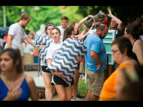 Move-in day madness at University of Tennessee