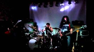 SLABDRAGGER - Iron Vulture - live at Purple Turtle, London, October 6, 2011