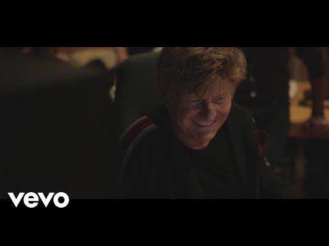 Ron - Una Citta' Per Cantare ft. Artisti Insieme Per La Lotta Contro La SLA
