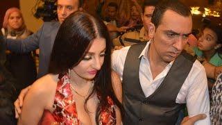 """بـ """"فستان فاضح"""".. صافيناز تحضر العرض الخاص لفيلمها """"30 يوم في العز"""" بسينما مترو"""