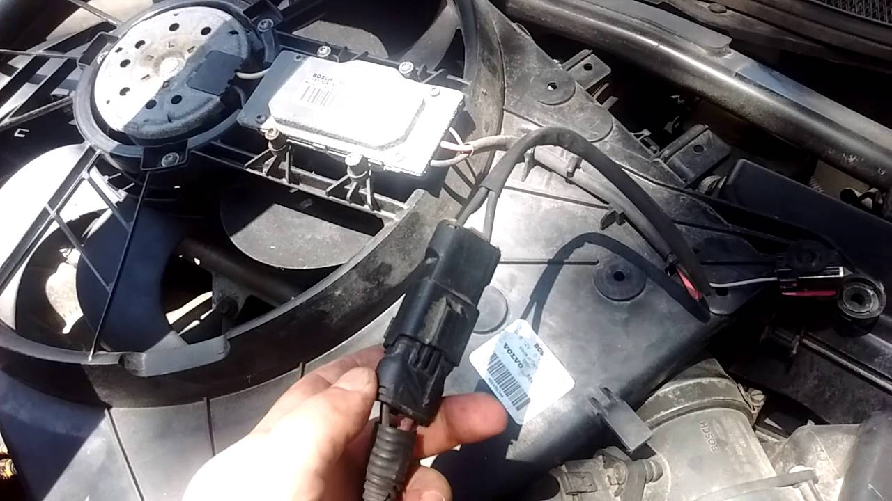 Volvo Engine Fan Problem Youtube 2004 S40 Fuse Diagram