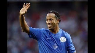 Ronaldinho ● Skill Show ● Football & Futsal