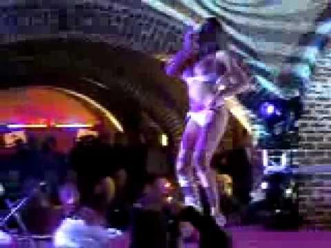 Festival de l 39 erotisme de bruxelles 2009 youtube - Salon erotique geneve ...