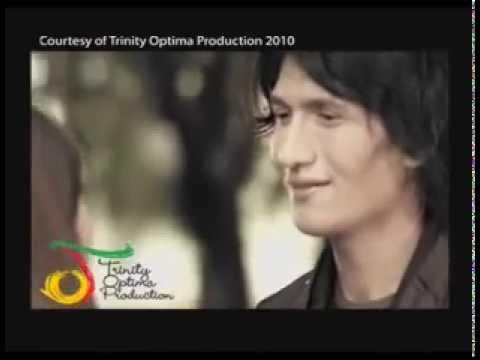 Free Download Flanella   Selamat Tinggal Cinta Pertama   Vc Trinity Mp3 dan Mp4