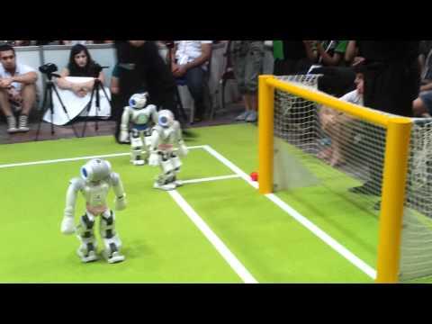 RoboCup 2011, finals: Nao-Devils vs. B-Human