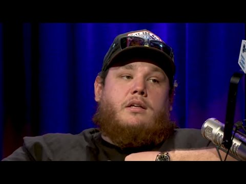 """Luke Combs Reveals """"The Voice"""" Dissed Him, Said He Wasn't """"Interesting Enough"""""""