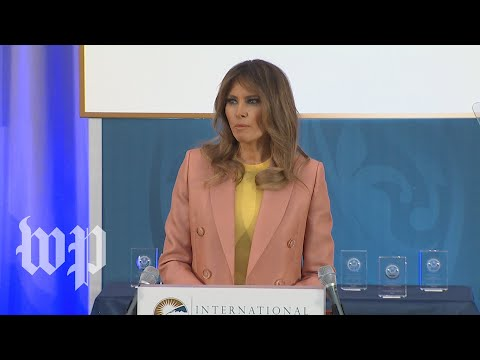 Melania Trump honors women award winners at State Department