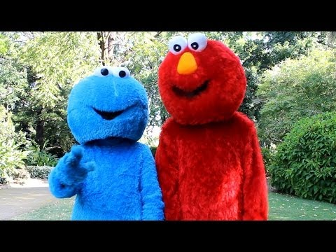 Elmo VS Cookie Monster (ThatsSoNathan) - YouTube