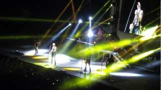 Daughtry - Gone Too Soon / Tennessee Line (Arena de la Ciudad de México 11/03/2013)
