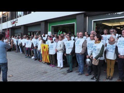 Demo in support of Catalan pro-independence radio