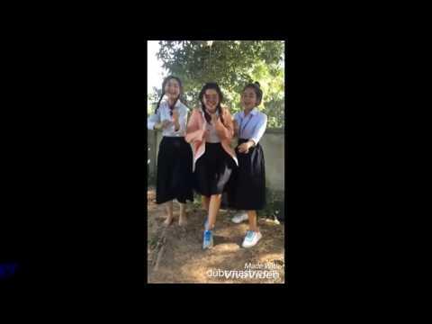 Khmer cute girl dance