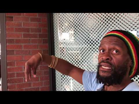 Jamaican visits Africa PART 12 Shopping in Cape Town
