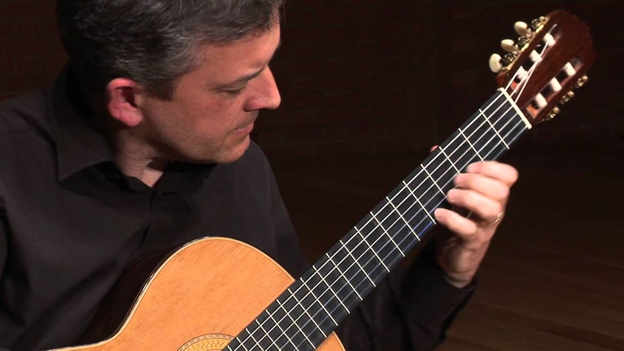 Gary Ryan plays Sugarloaf Mountain