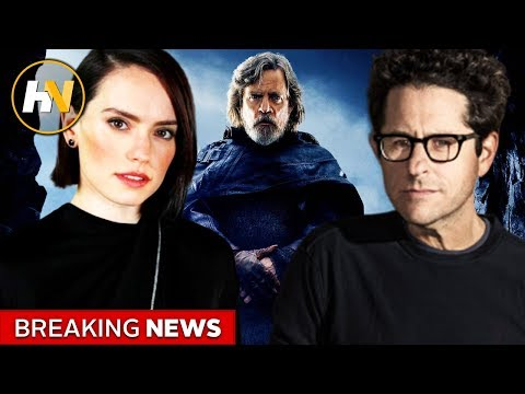 JJ Abrams And Star Wars Cast Throw Shade At The Last Jedi In New Interview
