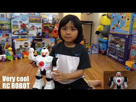 Awesome RC Toys: A Dancing RC Robot Toy that Fires w/ Lights and Sounds Unboxing & Playtime