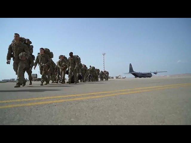 <span class='as_h2'><a href='https://webtv.eklogika.gr/epipleon-strateymata-ston-persiko-stelnoyn-oi-ipa' target='_blank' title='Επιπλέον στρατεύματα στον Περσικό στέλνουν οι ΗΠΑ'>Επιπλέον στρατεύματα στον Περσικό στέλνουν οι ΗΠΑ</a></span>