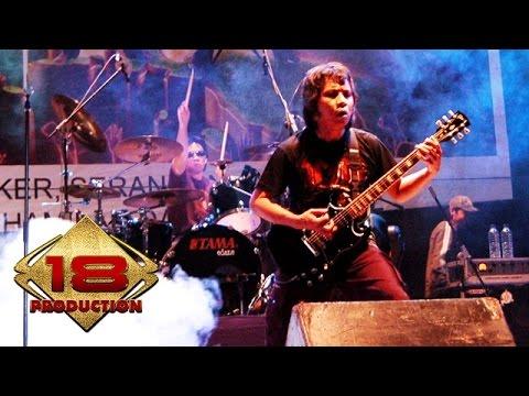 Edane - Pancaroba  (Live Konser Jember 06 November 2005)