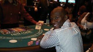 Floyd Mayweather Wins Huge at Casino Again