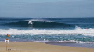Surfing The Waves Of The Banzai Pipeline, Hawaii In 4K UHD   March 31st, 2019 8am