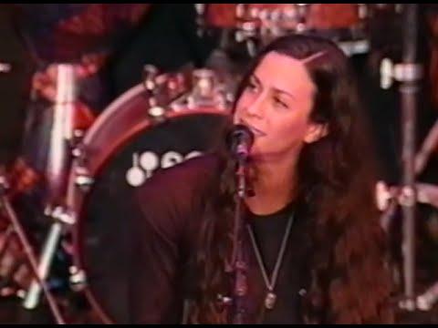 Alanis Morissette - No Pressure Over Cappuccino - 10/19/1997 - Shoreline Amphitheatre (Official)