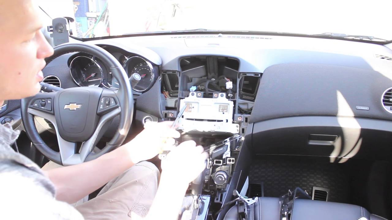 chevy cruze dash radio install disassembly assembly dashboard [ 1280 x 720 Pixel ]