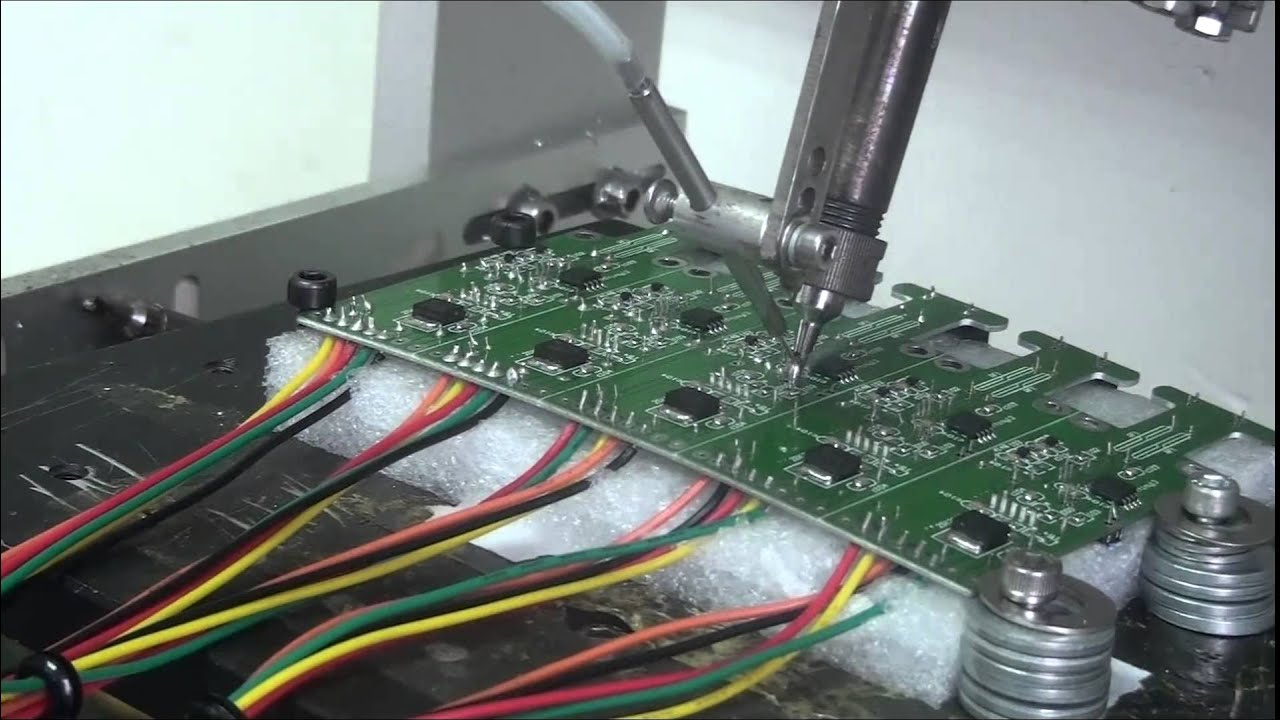 Automatic soldering robot/Automatic soldering machine - YouTube