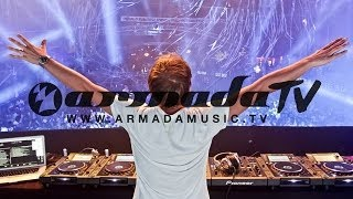 Armin van Buuren - Universal Religion Chapter 7 - Live at Privilege Part 1