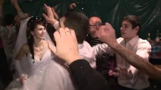 Зажигательная свадьба в Крыму 10.10.2010г.(, 2011-01-18T10:15:03.000Z)