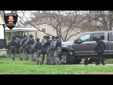*MUST SEE* Windsor Police E.S.U. Tactical Team, Search Warrant