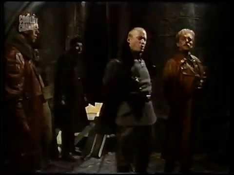 Blackadder clip - Flashheart meets Baron Von Richthofen