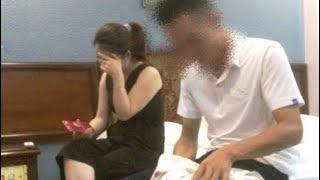 Clip Cô Giáo Vào Nhà Nghỉ Chung Với Nam Học Sinh Lớp 10 Tại Bình Thuận