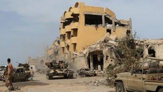أخبار عربية - القوات التي تقاتل داعش تعلن السيطرة التامة على الجيزة البحرية في ليبيا