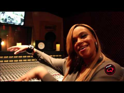 Faith Evans Sings Voice Mail Message (This should be a ringtone)