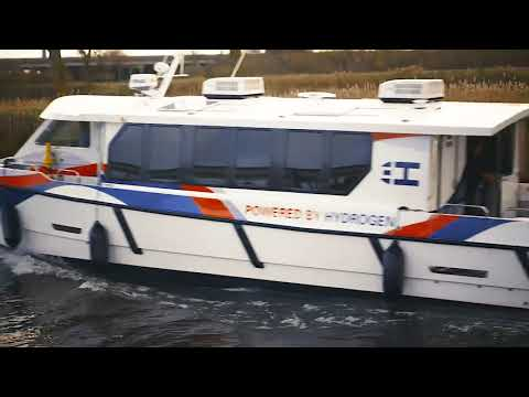 Hydroville: Ferry fueled by liquid hydrogen