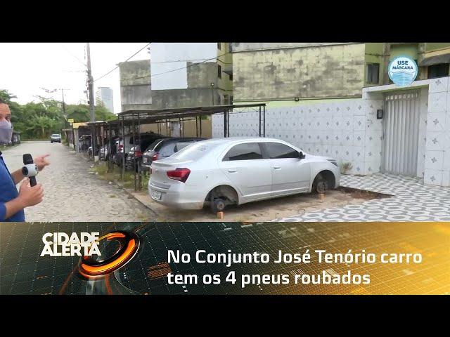 No Conjunto José Tenório carro tem os 4 pneus roubados; situação é recorrente
