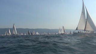 Trieste, Barcolana 50, nel bel mezzo della regata