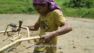 Download Video Cerita  lucu orang Toraja barusan liat traktor . MP3 3GP MP4