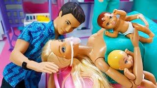 Barbie Doctor Doll Hospital Toy 바비 인형 임신 출산 아기가 태어났어요 리얼 감동주의 출산 드라마 병원놀이 의사놀이 주사놀이 진찰놀이 임산부 인형
