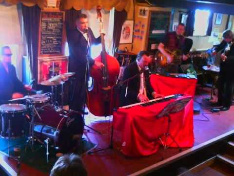 The Randy Swindlers live at The Bell in Bath